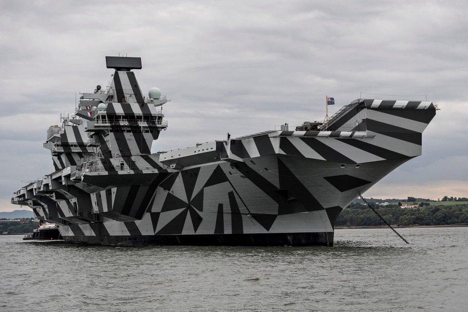 艦船に施される迷彩「ダズル迷彩」とは?