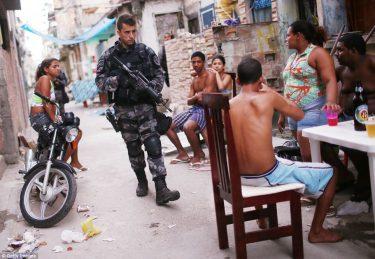 ブラジルのリアル北斗の拳化が進む!?審査なしで銃購入