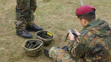ネイビーシールズや特殊部隊の兵士がヘルメットを被らない理由