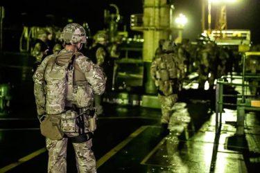 イランタンカーを拿捕したイギリス海兵隊のエリート部隊42コマンド