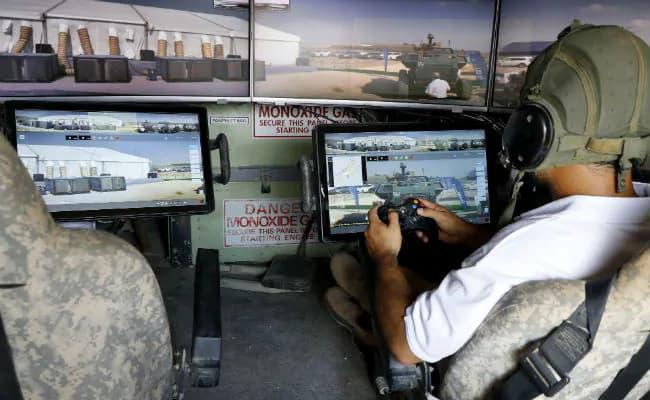 イスラエルの未来の戦車カルメルはゲームコントローラーで操縦する