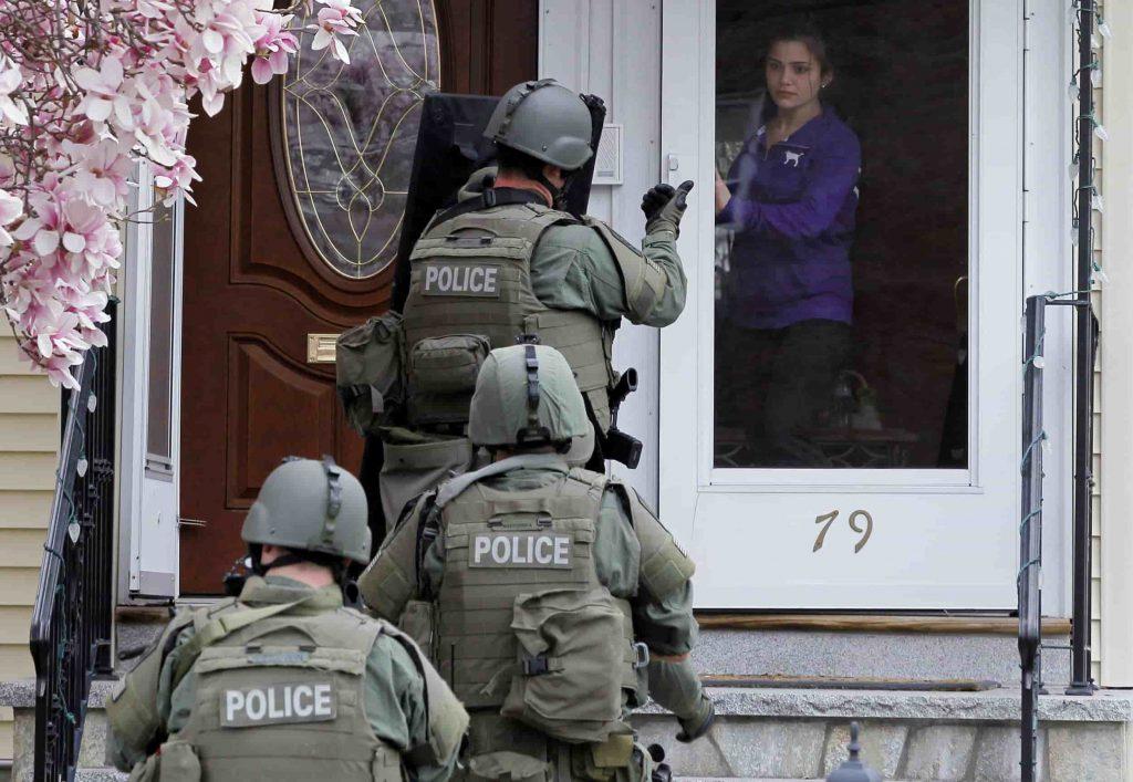 SWATを出動させる悪戯「スワッティング」が洒落にならない