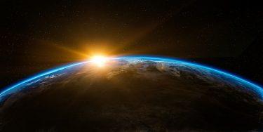 領空の範囲はどこまで?大気圏?宇宙空間はどうなる?