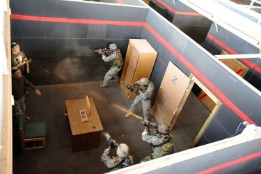 キルハウス|特殊部隊が突入、CQBを練習する訓練施設