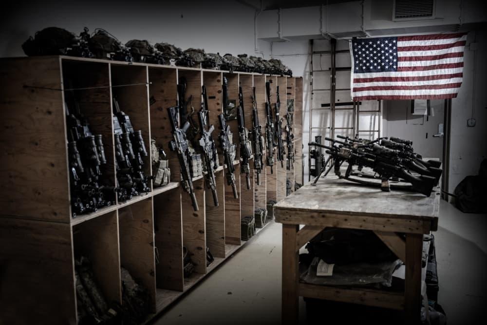 アフガニスタンに駐留する第75レンジャー連隊が武器庫の写真を公開