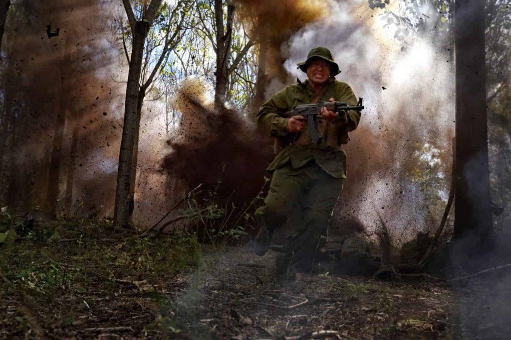 ベトナム戦争映画「デンジャークロース」本編映像の冒頭108秒間を大公開!