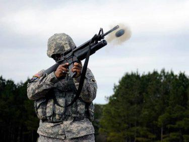 グレネードランチャーから発射できるドローンGLUASを米軍が設計