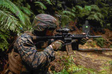 海兵隊員が戦場に持っていくマストアイテム20
