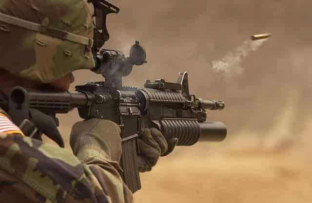 5.56mm弾と7.62mm弾の比較