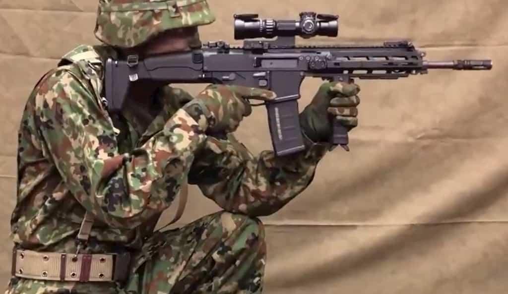 自衛隊の新小銃は20式5.56㎜自動小銃(HOWA5.56)、新拳銃はSFP9に決定!理由、価格は?