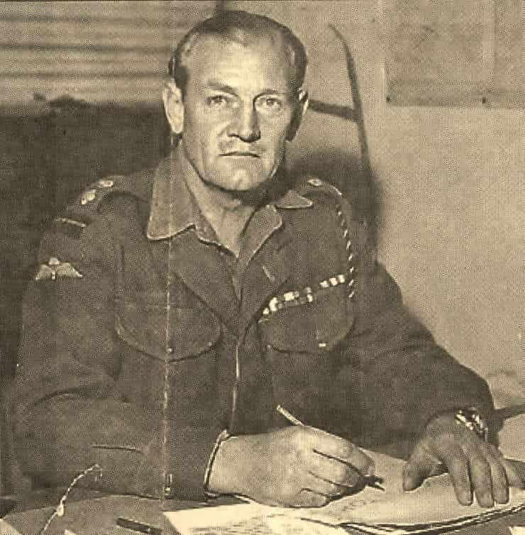 ジャック・チャーチル|第二次大戦を剣と弓で戦った英軍兵士の武勇伝