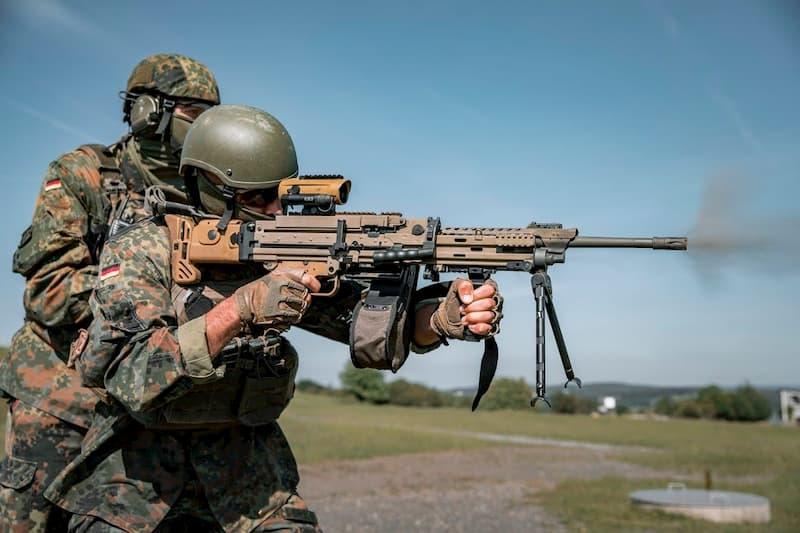 ドイツ連邦軍が新しいMG4A3軽機関銃をテスト