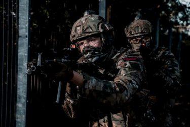 イギリス海兵隊が新しいBDU(戦闘服)としてマルチカムを採用