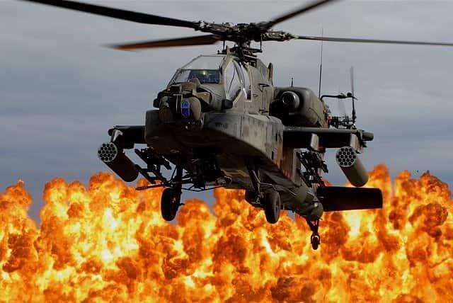アパッチ、チヌーク、軍用ヘリの名前はインディアンからきている