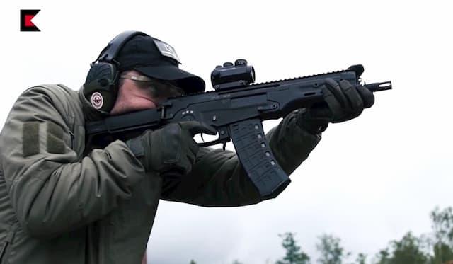 AM-17はAKS-74Uに取って代わるライフルです