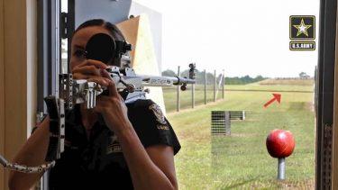米陸軍射撃部隊(AMU)のトリックショットが凄い!