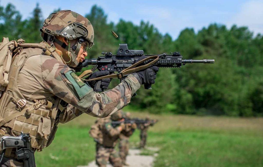 HK416F|FA-MASに代わるフラン軍の新小銃