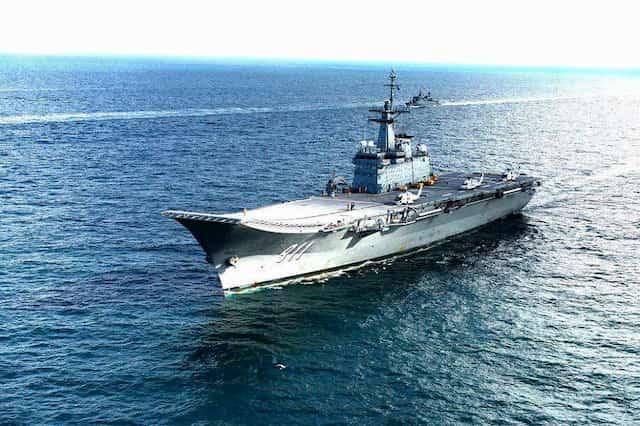 艦載機がないタイ軍空母「チャクリ・ナルエベト」