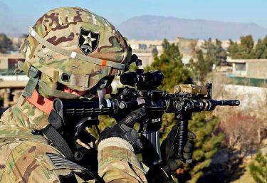 米陸軍はM4A1用の新しい光学照準器にSIG社のDVOを採用