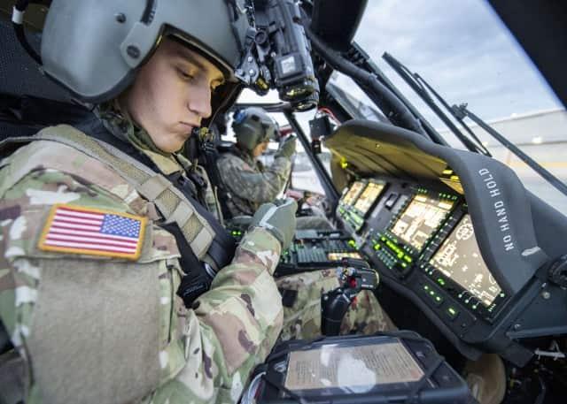 米陸軍は最新のUH-60Vブラックホークを就役させました