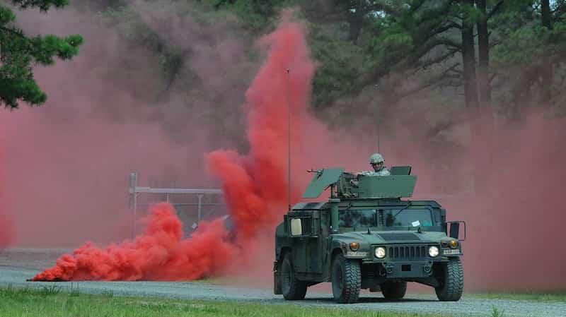 スモークグレネードの煙の色の意味