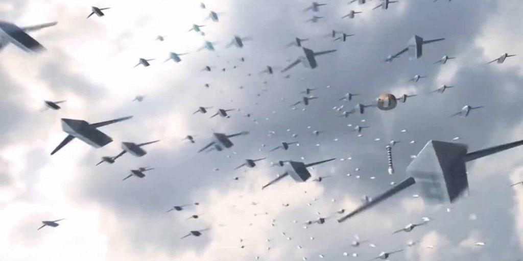航空ドローンの集団戦法「スウォーム攻撃」