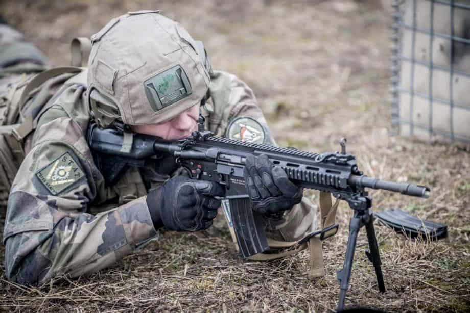 フランス軍は追加で1,2万挺のHK416FSアサルトライフルを注文