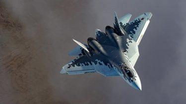 ロシアの名誉パイロットはSu-57とF-35との戦闘を比較評価しました