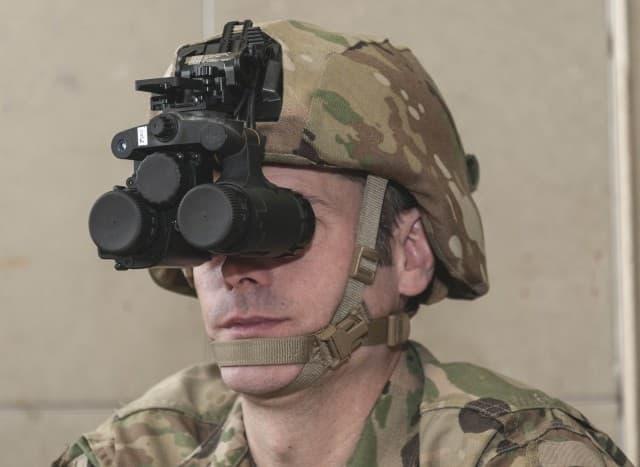 米陸軍のナイトビジョン