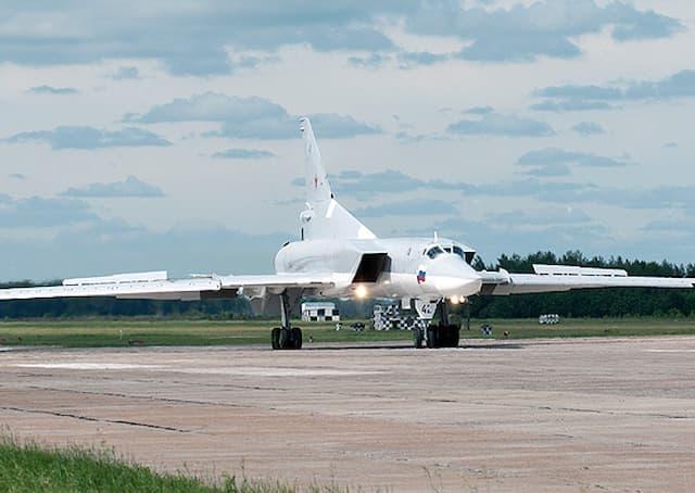 ロシアのTu-22M3爆撃機の射出座席が誤作動して3人が亡くなりました