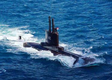 53人が乗ったインドネシア軍のチャクラ級潜水艦が消息不明