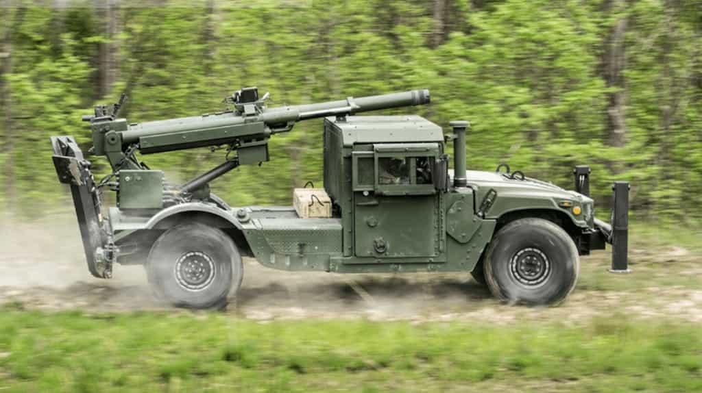 米陸軍が榴弾砲を搭載したハンヴィー2-CT Hawkeye MHSシステムを購入