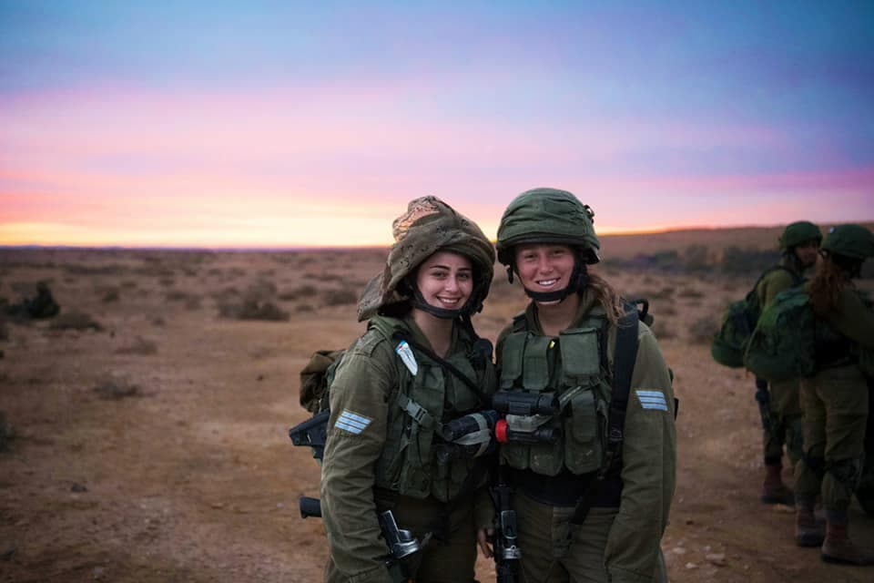 イスラエル女性兵士