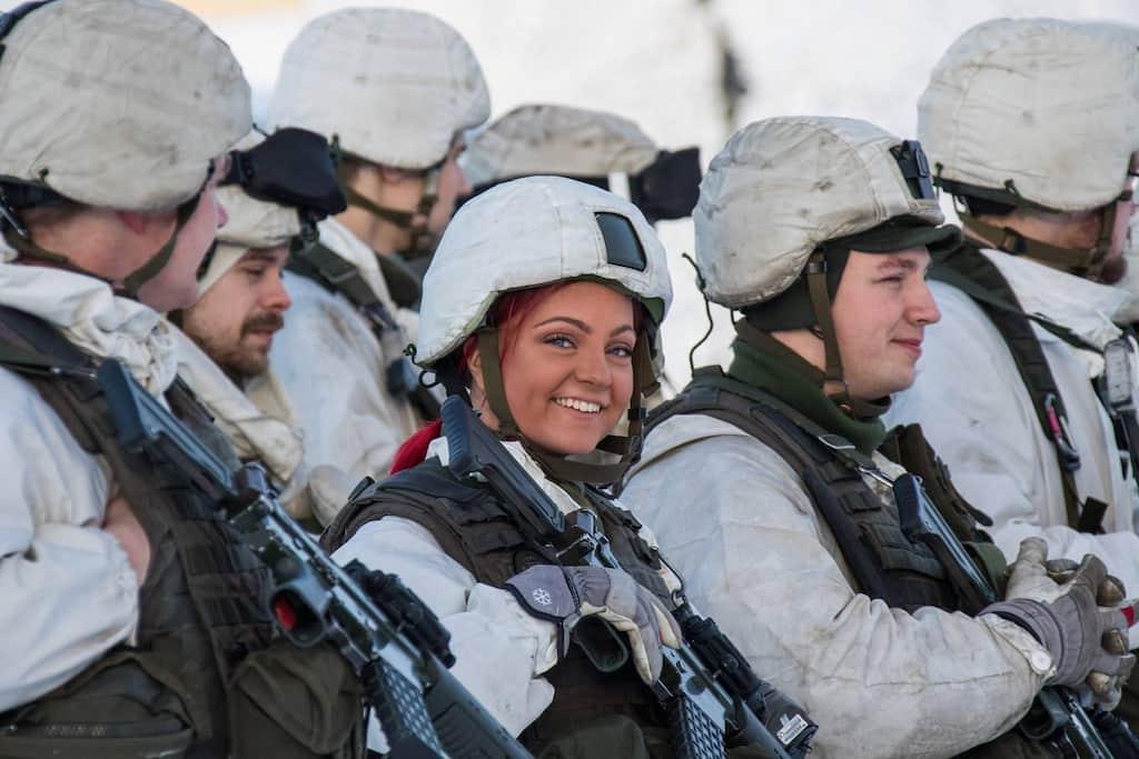 スウェーデン女性兵士