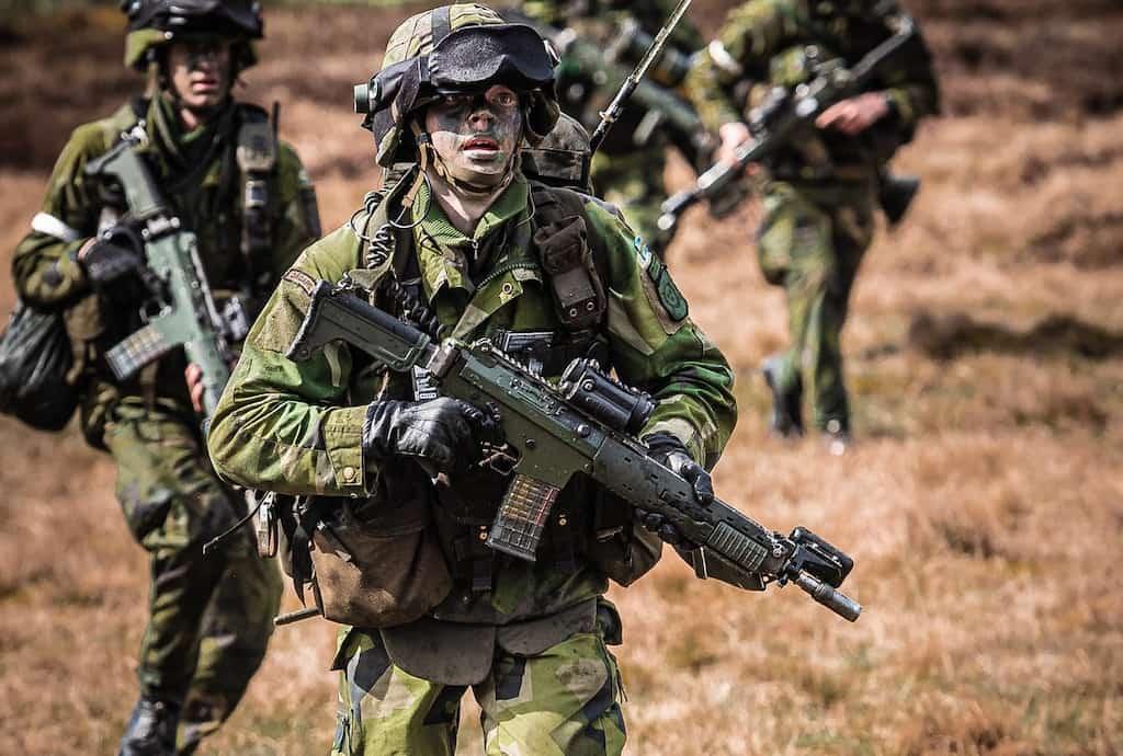 スウェーデン軍とフィンランド軍は共同で新しい主力小銃の調達を検討しています