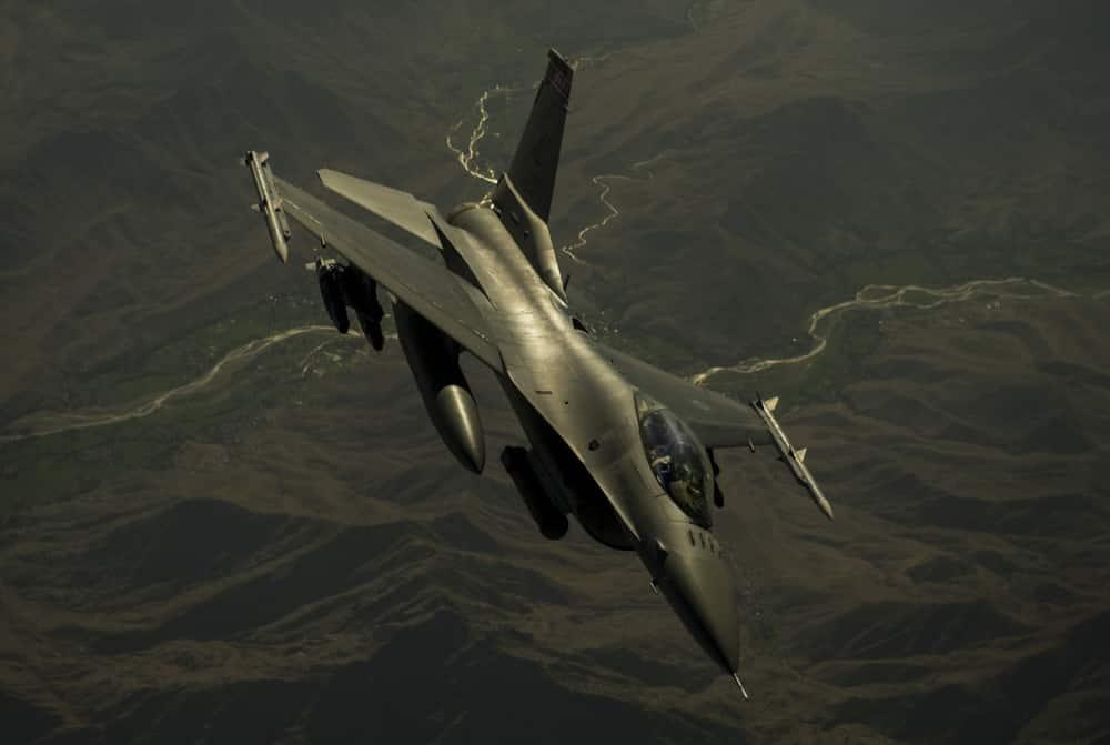 F-16 C/D ファルコン