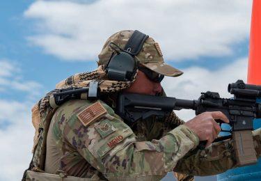 米空軍はベースボールキャップの着用をユニフォームとして許可します