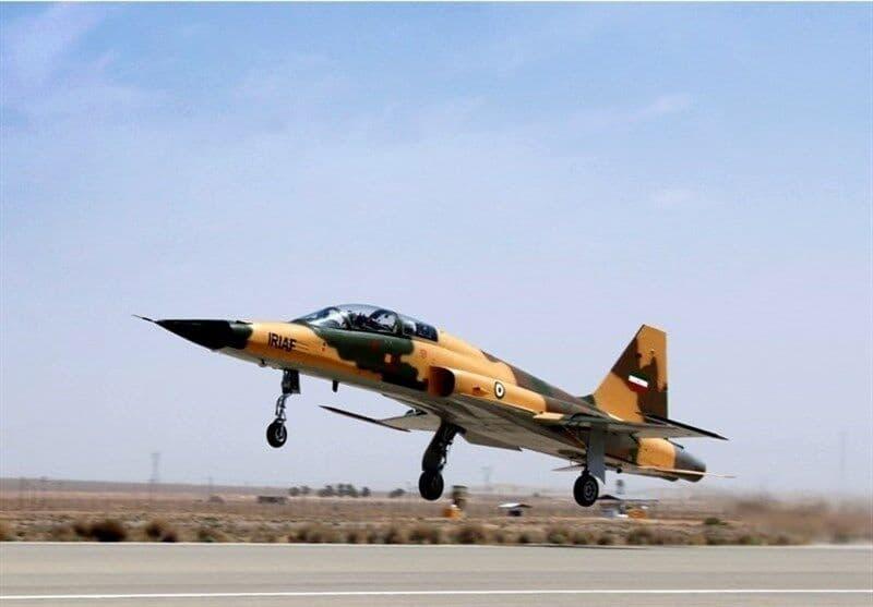 相次ぐF-5戦闘機の事故、イラン空軍のF-5Fが地上で射出座席が誤作動し、操縦士2名が死亡