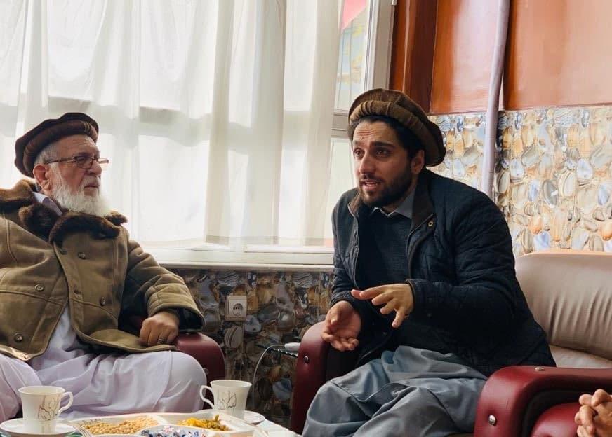 アフガニスタン最後の希望、徹底抗戦を示す 「パンジシールの獅子」の息子