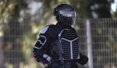 IWIがライオットスーツ「GAL Versatile Protective Suit (VPS)」を発表